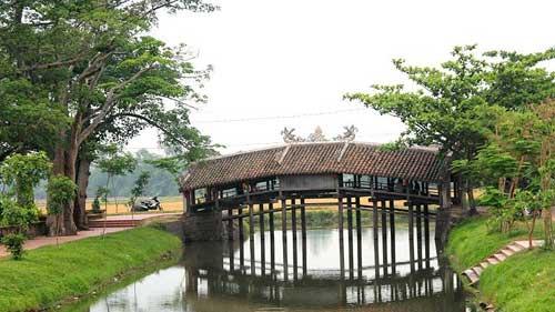 Thanh Toan village - Danang Motorbike Tour